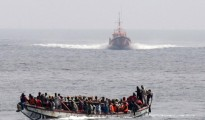 migrants dans la mer