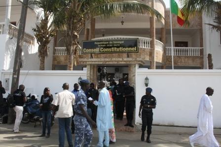 Khalifa Sall et Karim Wade officiellement exclus de l'élection présidentielle — Sénégal