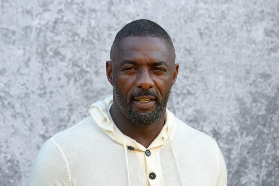 Le célèbre acteur, Idris Elba, testé positif